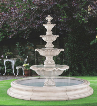 Four Tier Renaissance Fountain in Large Pool