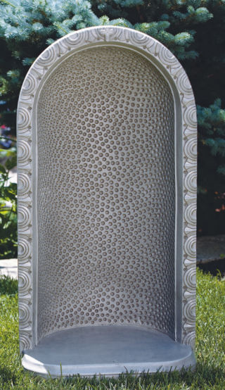 Round Embossed Dot Grotto 34