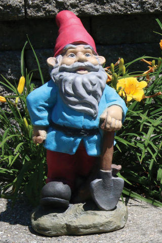 Lazy Daze Gnome with Shovel Statue 16