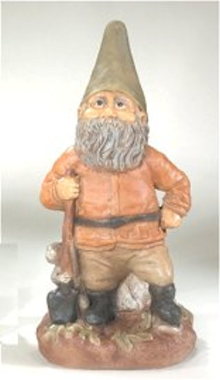 Gnome With Shovel 18.75