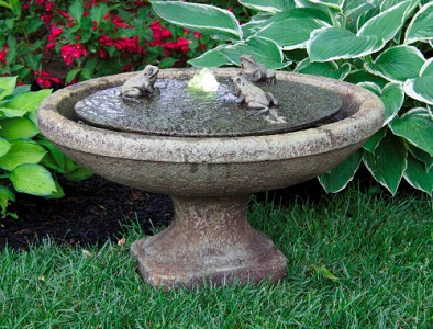Garden Frogs Oval Fountain with Light