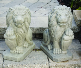 Lion With Shield Set Left & Right Statues 19