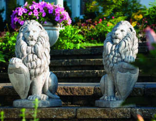 Lions With Shield Left & Right Set Statues 27