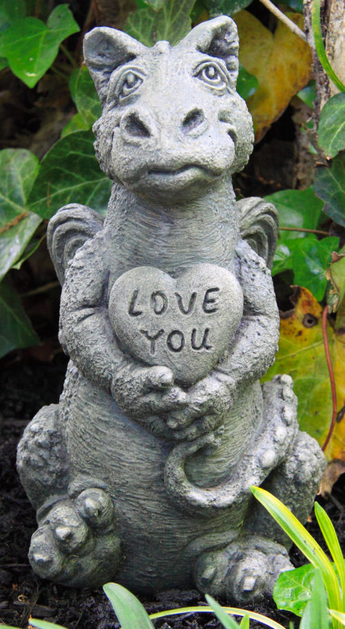 Little Dragon Heart with Love You Statue