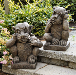 Gargoyle Garden Set with Shields Statues
