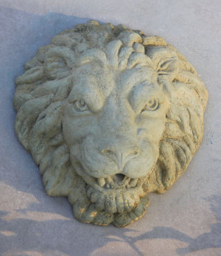 Lion Plaque Piped Water Feature Sculpture