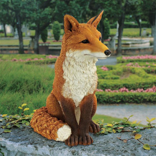 Simon The Fox Sculpture 18