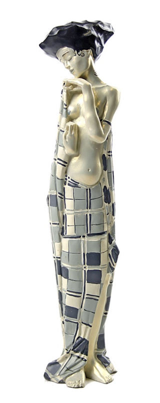Gertie Schiele In Checkered Cloth Statue