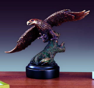 Eagle Statue Catching Prey 8