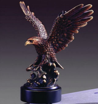 Eagle Catching Fish Sculpture 8