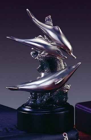 Three Dolphins Sculpture 6.5