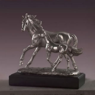 Mare And Colt Horse Sculpture 9