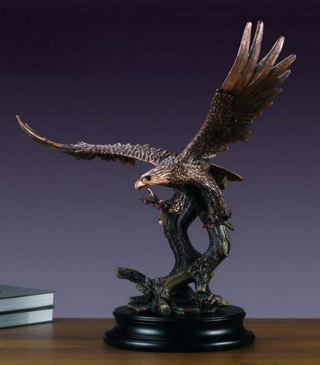 Large Soaring Eagle Sculpture 24.5