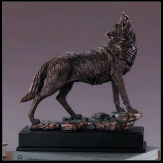 Wolf Howling Sculpture 13