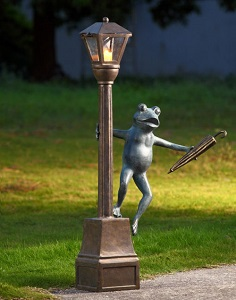 Frog Dancing on Streetlight Garden Lantern Statue