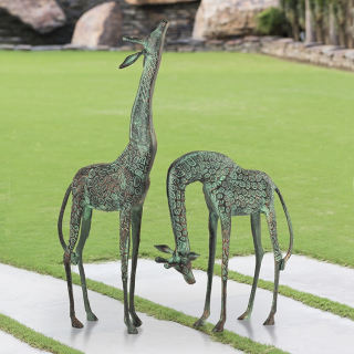 Giraffes Garden Set of Statues Pair