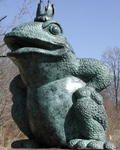 Frog King Piped Water Feature Royal Amphibian Statue