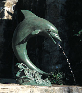 Single Dolphin Water Feature Piped 28