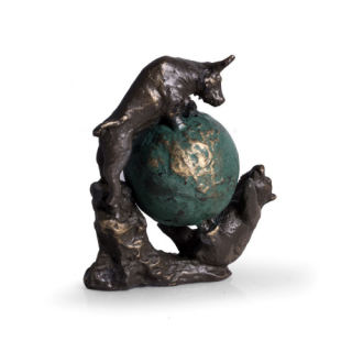 Bear & Bull Fight on Globe Statue