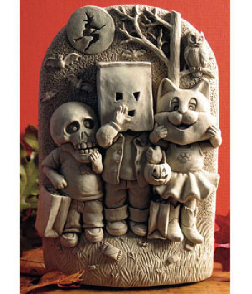 Terrifying Trio Plaque Halloween Sculpture Fun Decorating