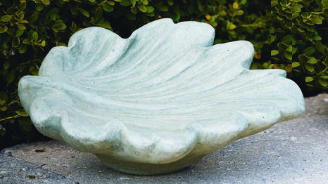 Leaf Bird Bath Garden Sculpture Bowl with Lavish Design