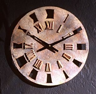 Roman Retro Sculptural Clock Small