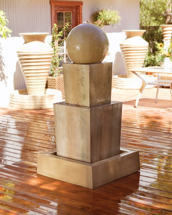 Double Obtuse Fountain With Ball Geometric Shape