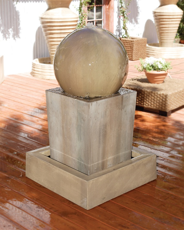 Obtuse Fountain With Ball Geometric Shape